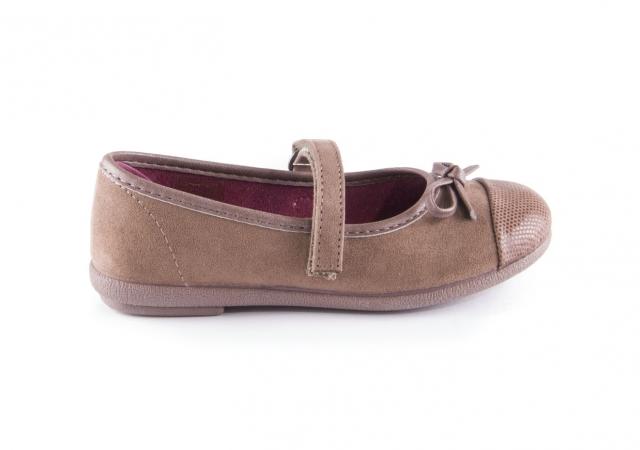 b326dd1097f Comprar zapato tipo JOVEN NIÑA estilo MERCEDES COLOR CAMEL SERRAJE ...