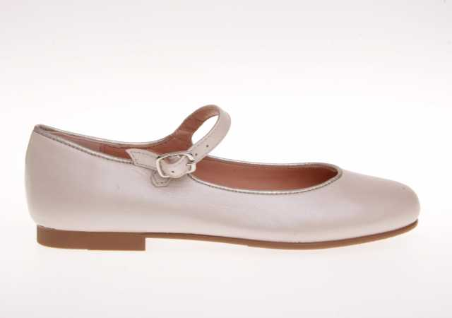 MERCEDES RUTH SHOES EN PIEL CON HEBILLA