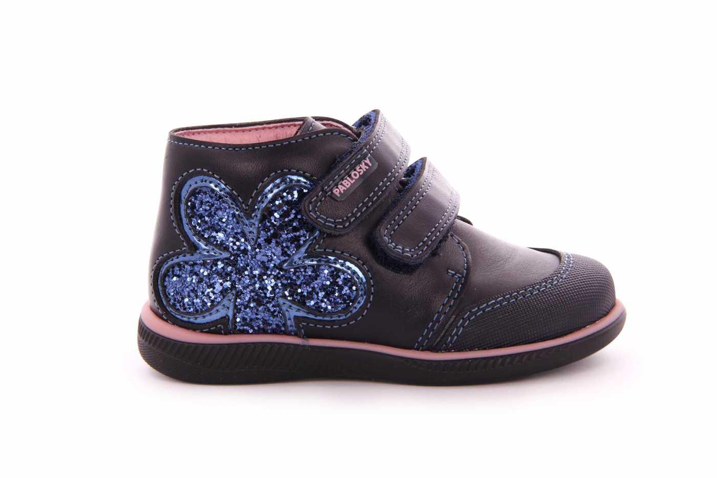 a75a2b4d0 Comprar zapato tipo JOVEN NIÑA estilo BOTAS COLOR AZUL MARINO PIEL ...