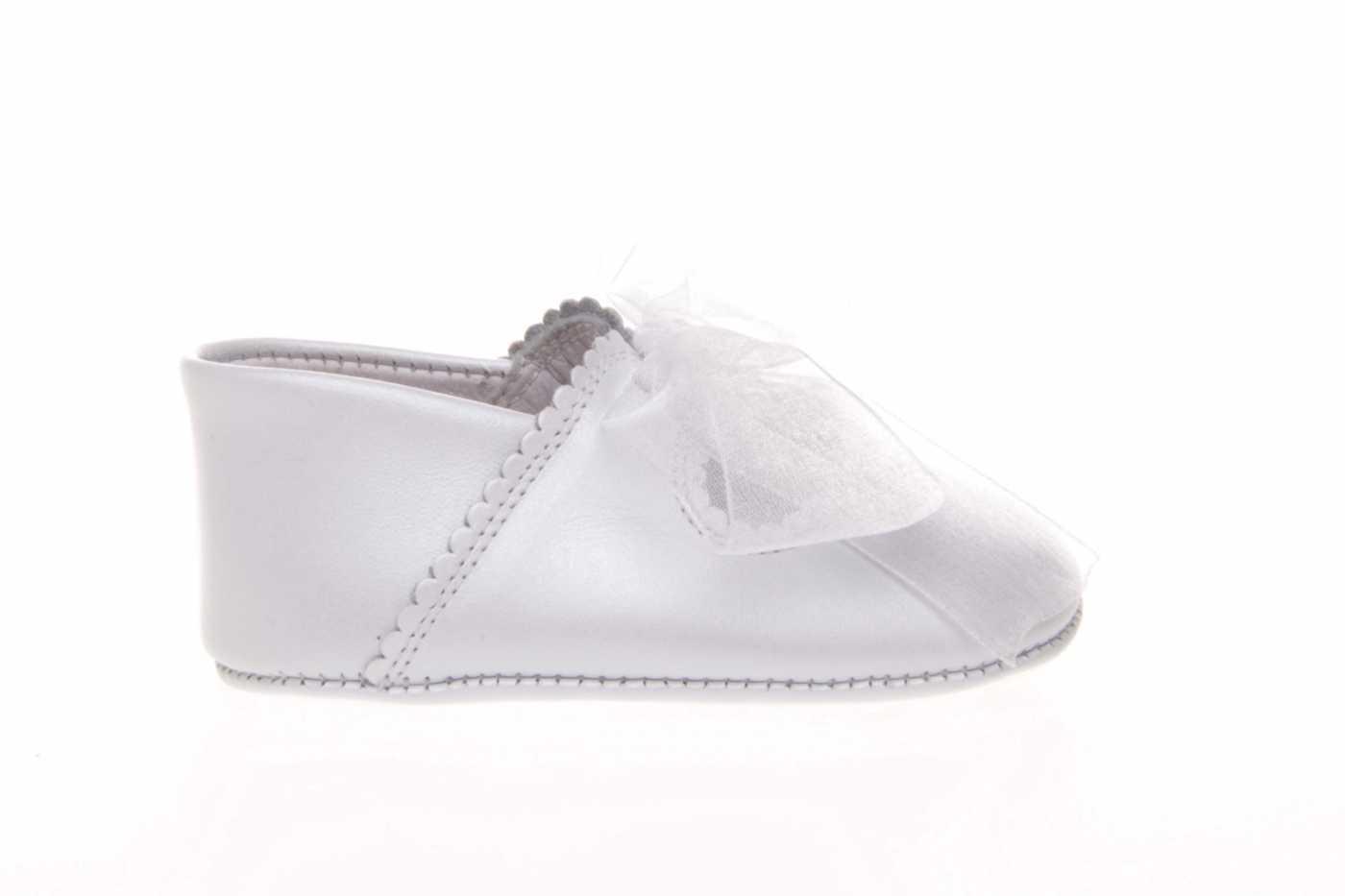 e5e764773 Comprar zapato tipo BEBE NIÑA estilo MERCEDES COLOR BLANCO NACARADO ...