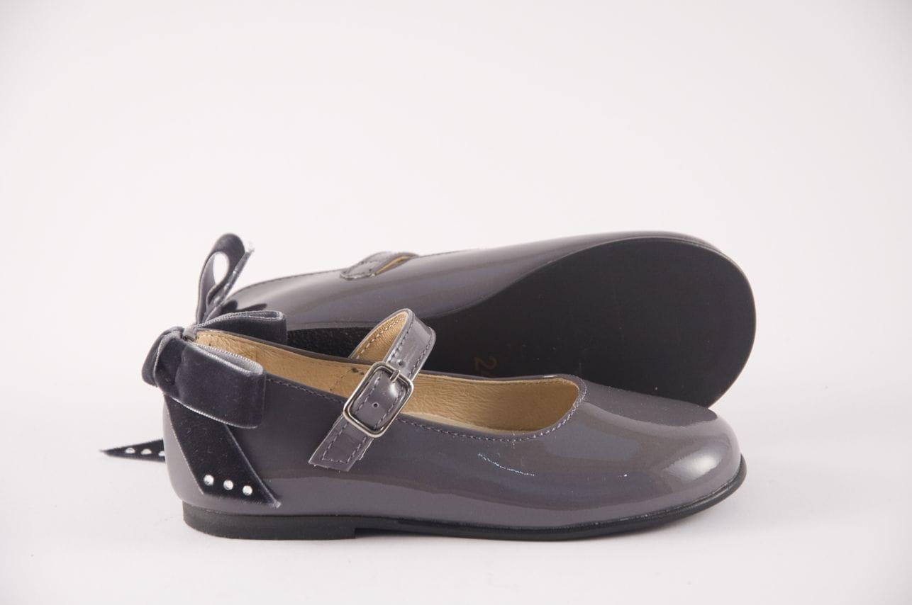 beaadccf0 Comprar zapato tipo JOVEN NIÑA estilo MERCEDES COLOR GRIS CHAROL ...