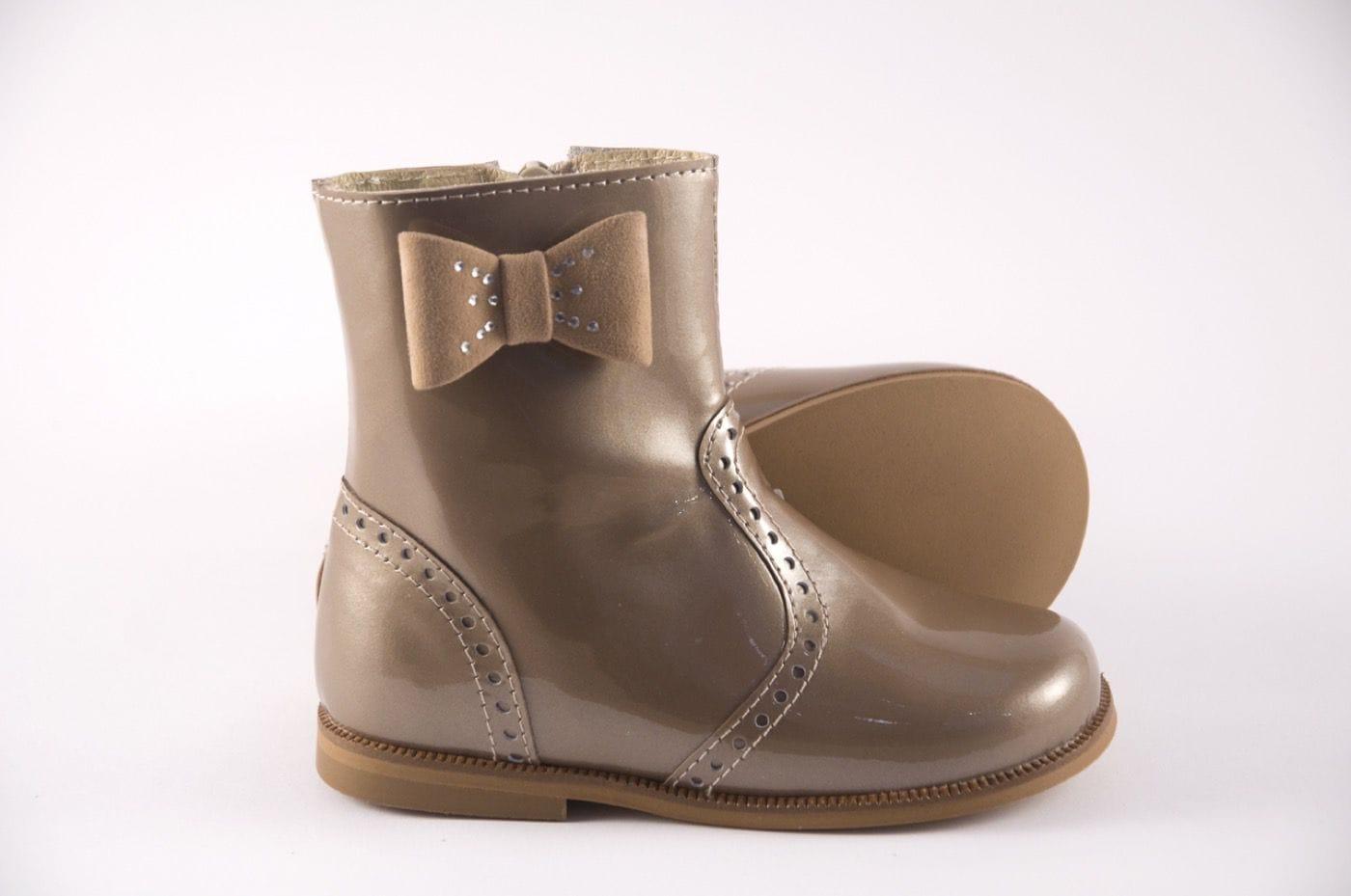 29f118762a0 Comprar zapato tipo JOVEN NIÑA estilo BOTINES-BOTA ALTA COLOR BEIGE ...