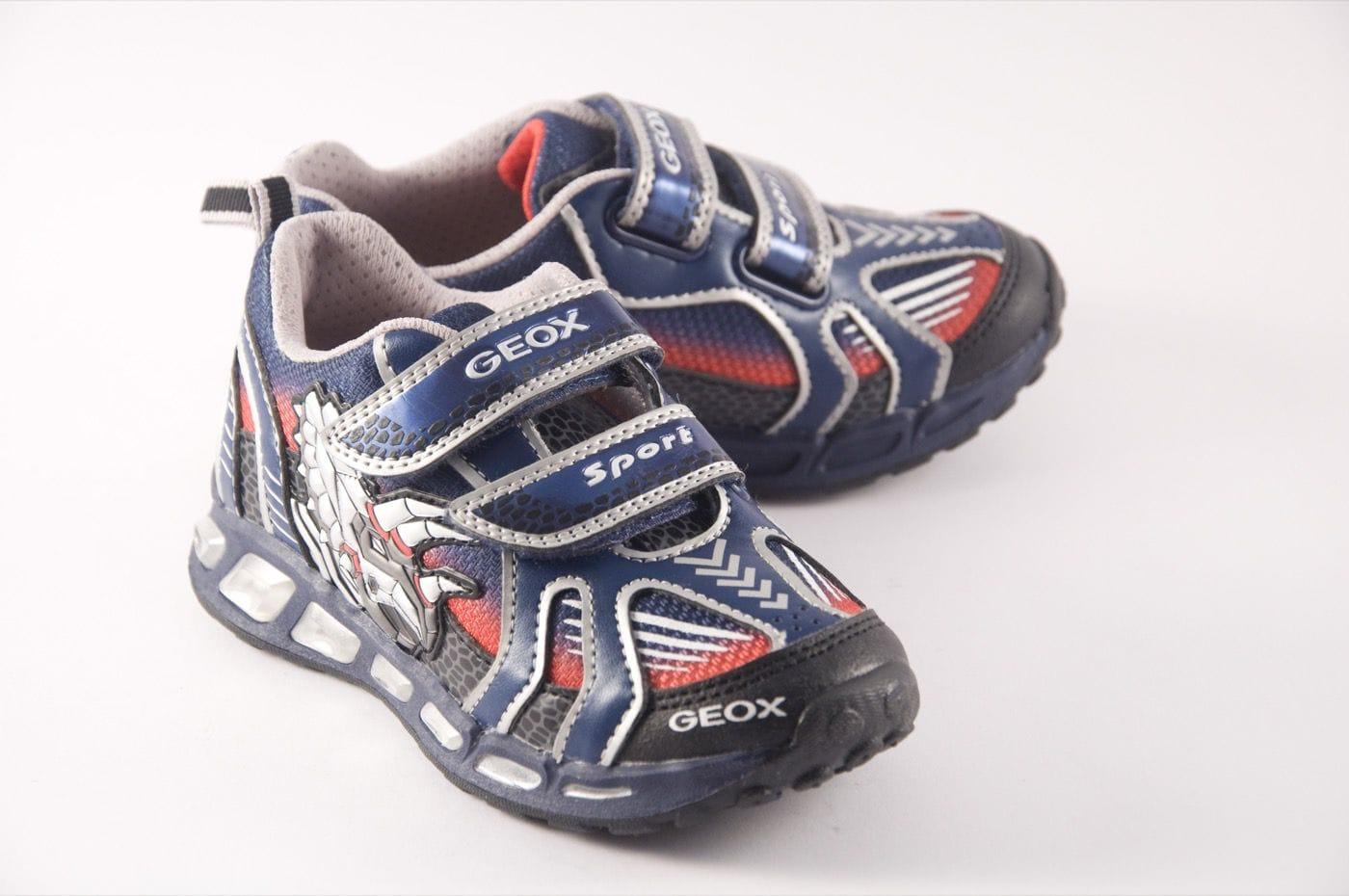 zapatos geox con luz 70