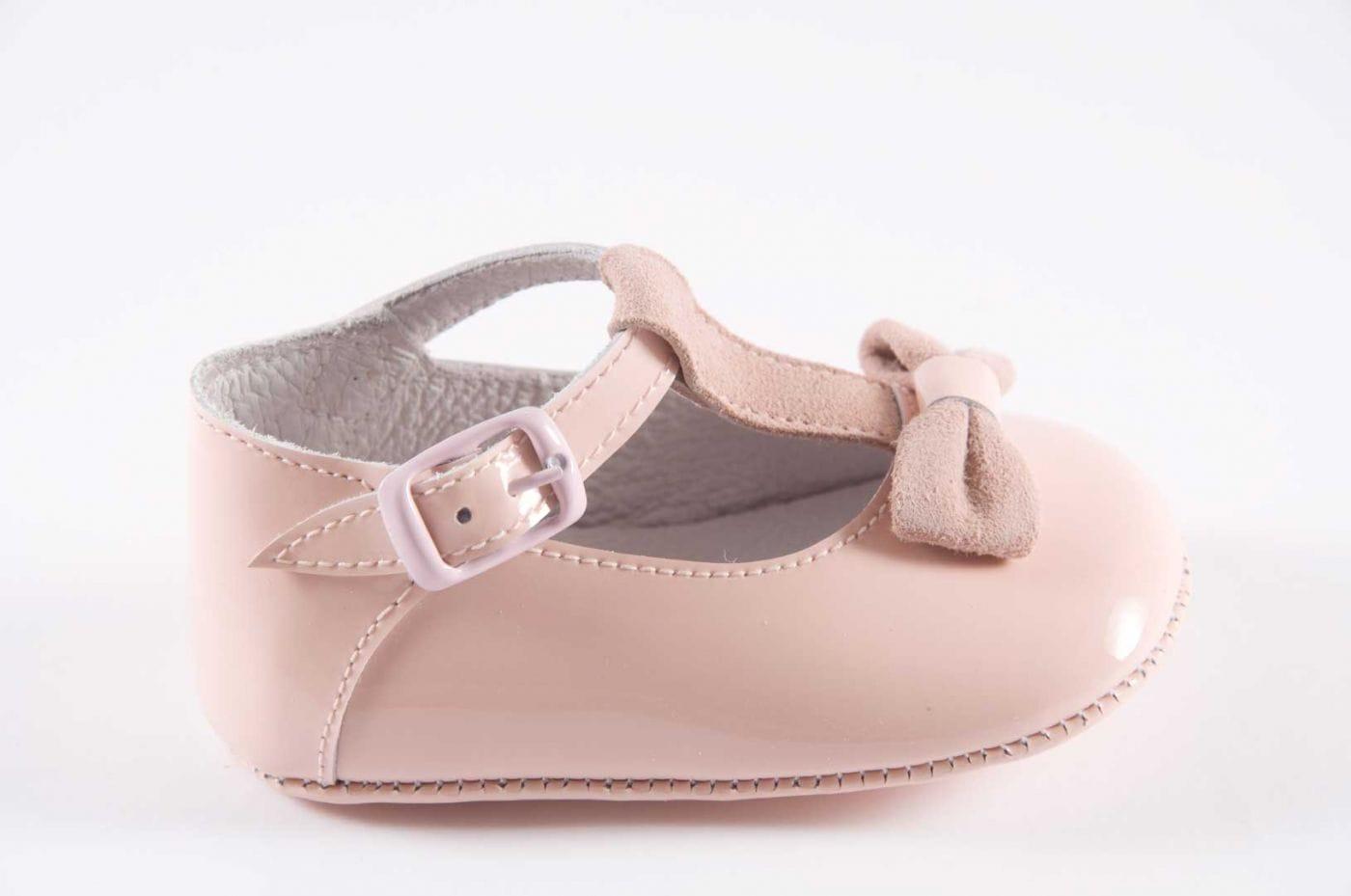 19faff190 Comprar zapato tipo BEBE NIÑA estilo MERCEDES COLOR ROSA CHAROL ...