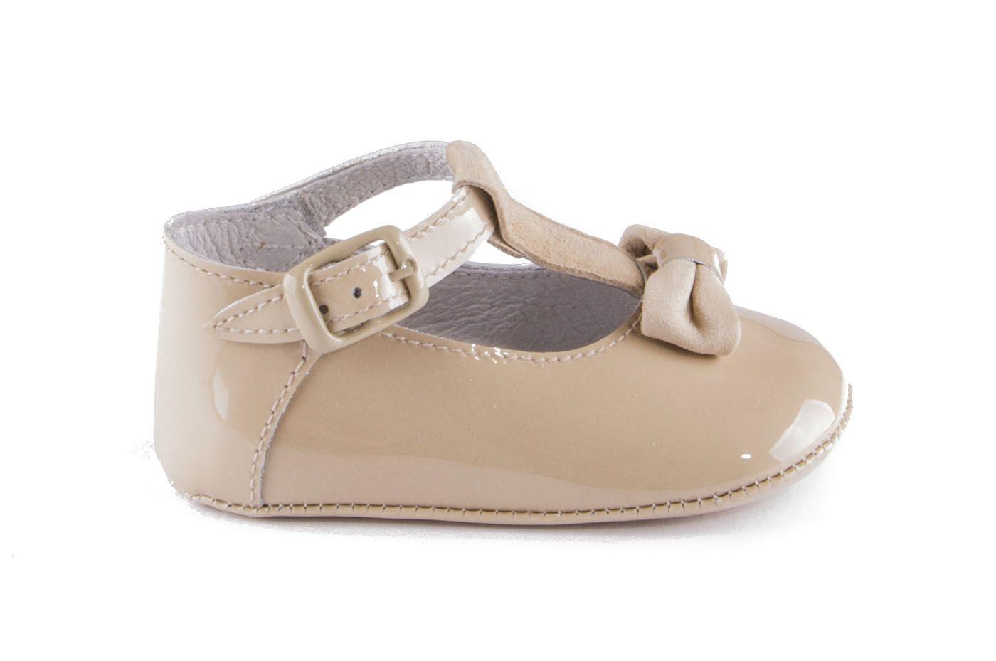 8e308b128 Comprar zapato tipo BEBE NIÑA estilo MERCEDES COLOR CAMEL CHAROL ...