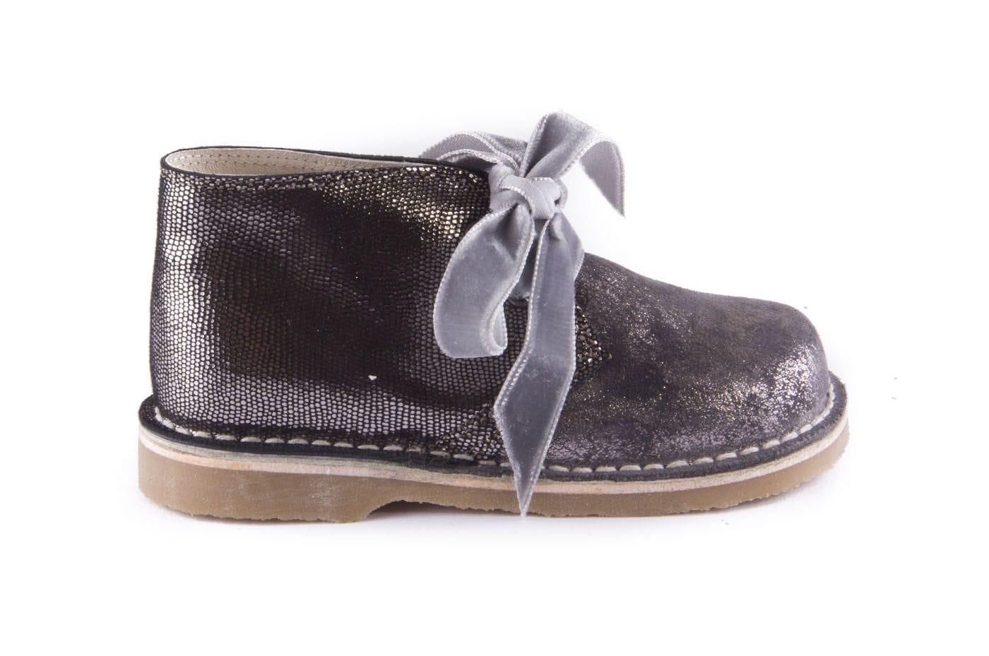 93d8454e7aa Comprar zapato tipo JOVEN NIÑA estilo BOTAS COLOR GRIS ANTE