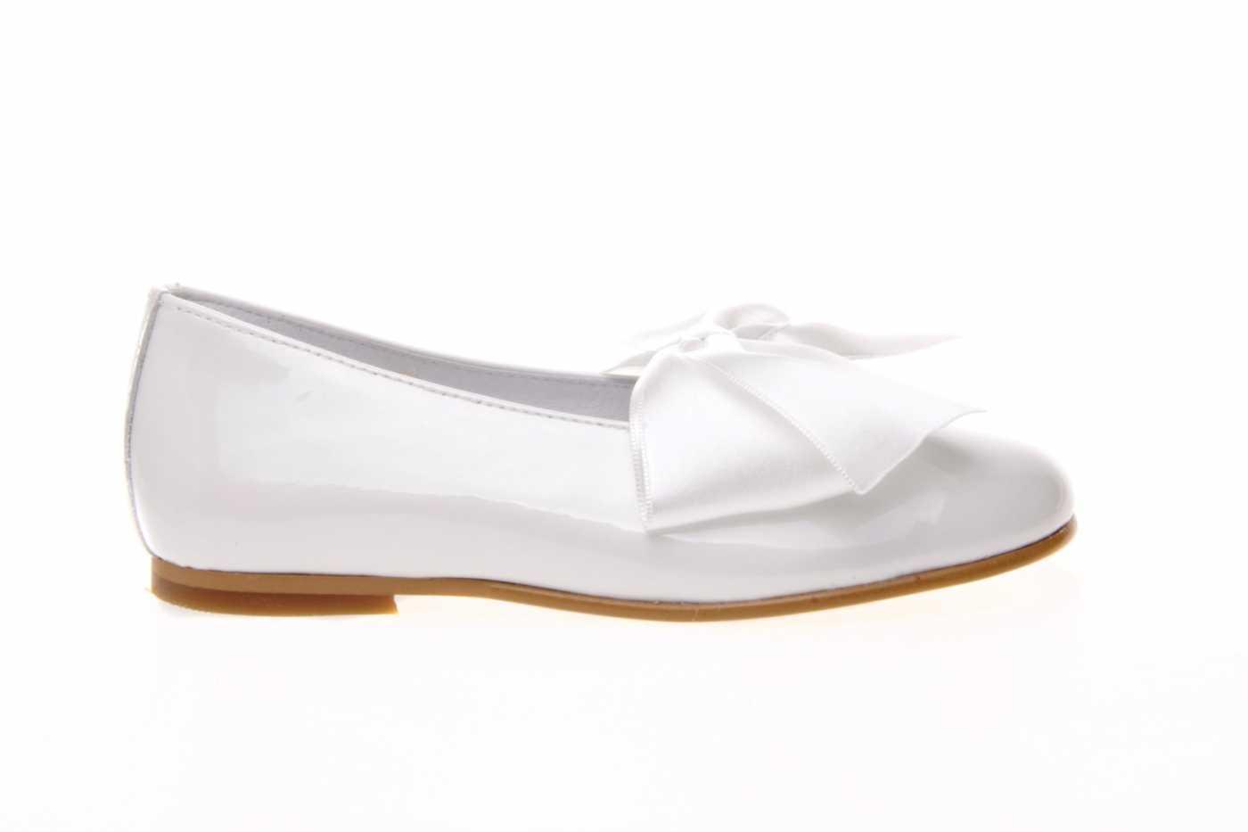 f31a7cd24 Comprar zapato tipo JOVEN NIÑA estilo MANOLETINAS COLOR BLANCO ...