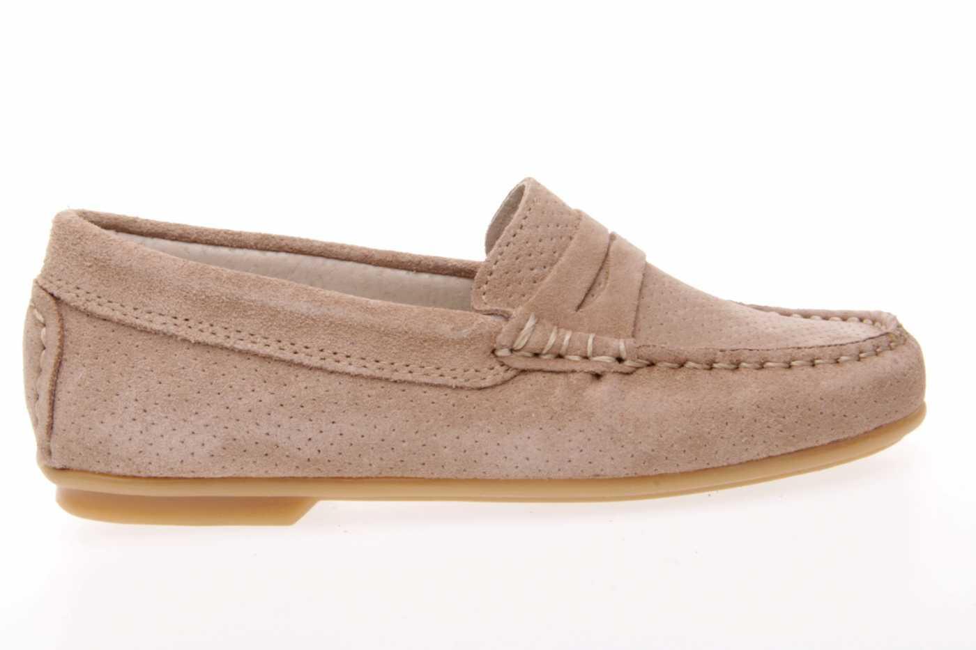 5d7383f6ad8 Comprar zapato tipo JOVEN NIÑO estilo MOCASIN COLOR CAMEL SERRAJE ...