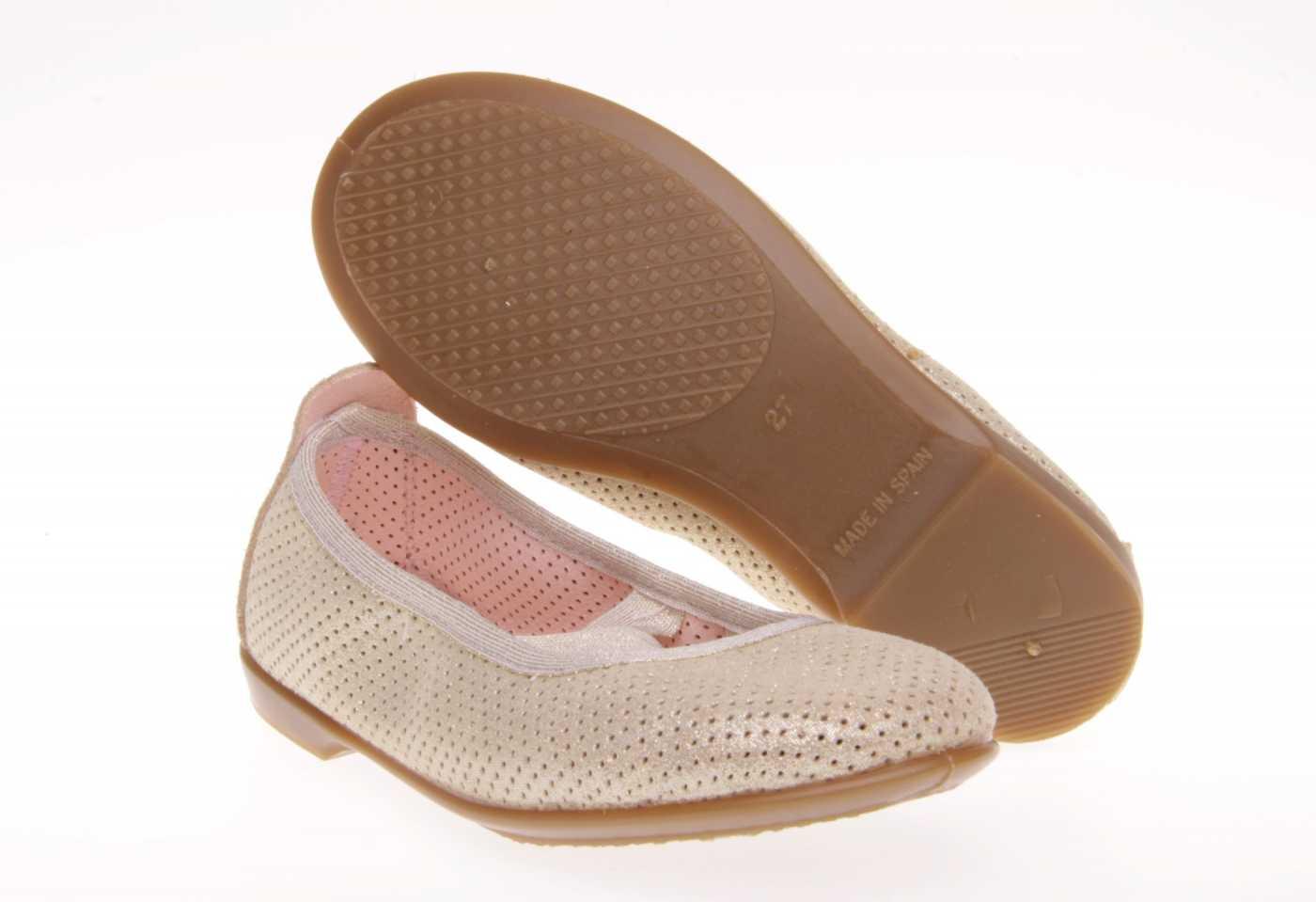 8d7932f99 Comprar zapato tipo JOVEN NIÑA estilo MANOLETINAS COLOR ORO PIEL ...